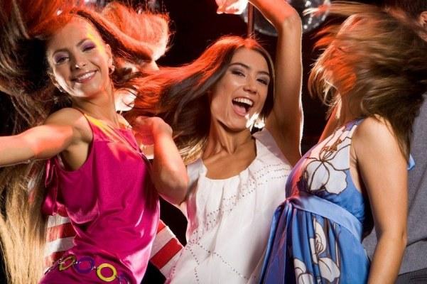 В клубах москвы где можно потанцевать клуб бонсай москве